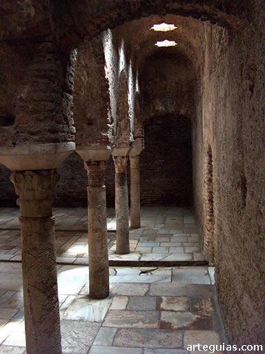 Baño Arabe En Toledo: : los baños hispanomusulmanes en la España medieval cristiana