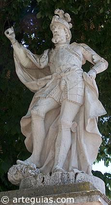 Estatua de Fernán González en la ciudad de Burgos