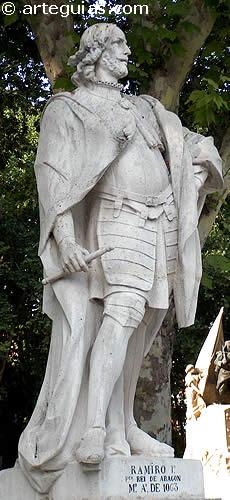Estatua de Ramiro I de Aragón