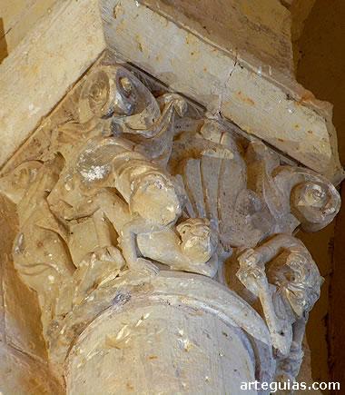 Capitel interior de la iglesia de San Miguel de Turégano