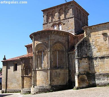 Imponente cabecera y cimborrio de la colegiata de Santillana del Mar