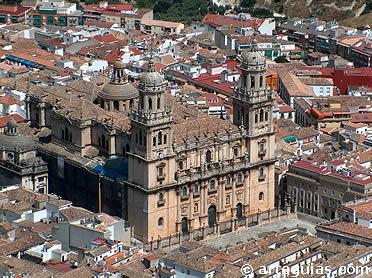 Vista desde el castillo, de la catedral de Jaén