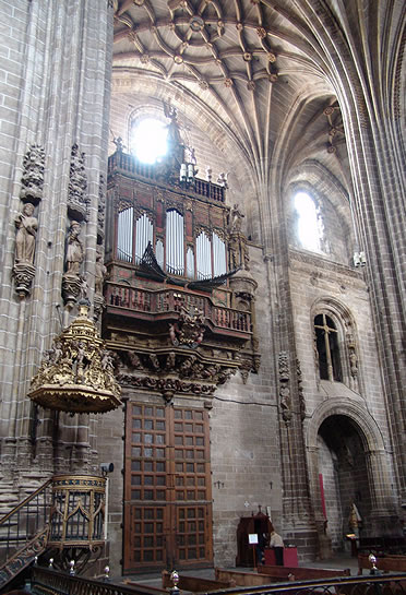 La Catedral Nueva de Plasencia es un edificio gótico-renacentista