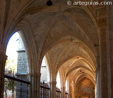 Bóvedas del claustro