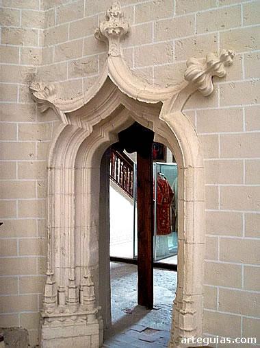 Puerta de acceso a la sacristía