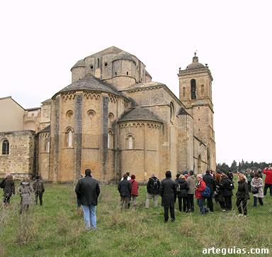Monumental porte de la iglesia del Monasterio de Irache