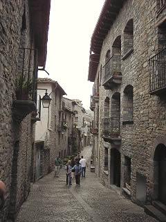 Calles del casco antiguo de Aínsa