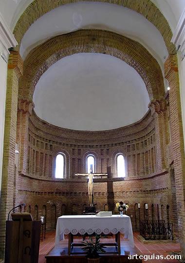 Ábside central de la iglesia de Santervás de Campos