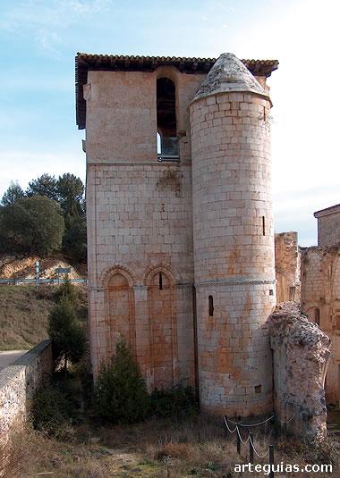 Torre del monasterio de Arlanza