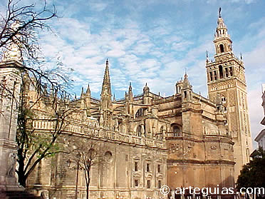 Catedral sevilla for Exterior catedral de sevilla