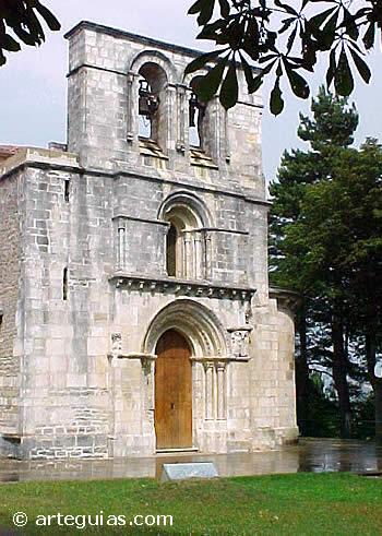 Puerta y espadaña de Monasterio de Santa María de Estíbaliz, Álava