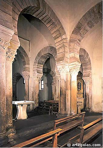 Interior Sta. Maria de Lebeña - de arteguias.com