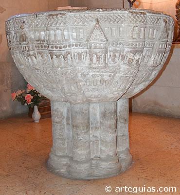 La de Redecilla del Camino (Burgos) es una de las mejores pilas románicas de España