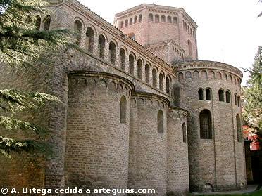 Cabecera de la iglesia de Monasterio de Ripoll