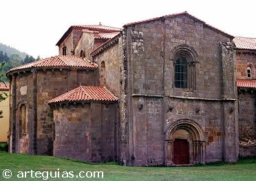 Cabecera y crucero de la iglesia del Monasterio de Santa María de Valdediós