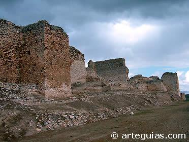 Las Órdenes militares que lucharon en Palestina también lo hicieron es España. Castillo de Calatrava La Vieja, defendido inicialmente por los templarios