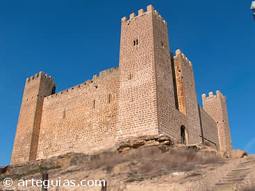 Uno de los mejores castillos de Zaragoza: Sádaba