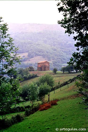 Santa Cristina de Lena en su contexto paisajístico