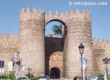 Puerta de San Vicente. Murallas de Ávila