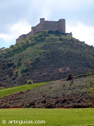 Los castillos fueron protagonistas de parte de la Política Medieval. (Castillo de Jadraque - Guadalajara)