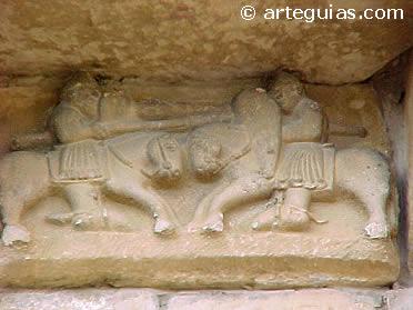 Caballeros esculpidos en la iglesia de Artaiz, Navarra