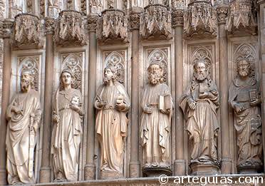 Grupo escultórico de la puerta del Juicio FInal de la Catedral de Toledo