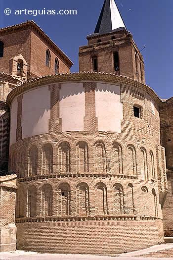 Ábside central de la iglesia de San Nicolás. Madrigal