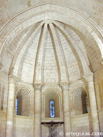 San Juan de Ortega. Interior del ábside principal