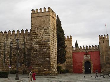 Entrada fortificada a los Reales Alcázares de Sevilla