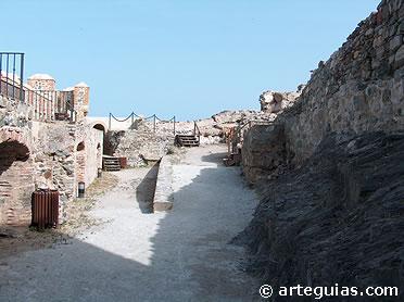 Interior del castillo de San Miguel