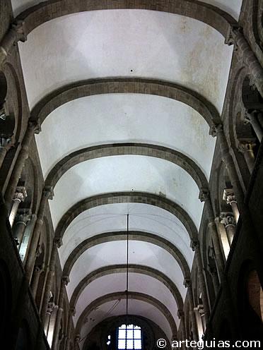 Nave central de la Catedral de Santiago de Compostela