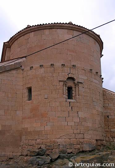 Ábside de la iglesia de Fuentespreadas. Comarca del Vino