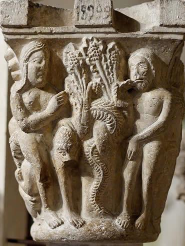 Adán, Eva y el Pecado Original en un capitel románico