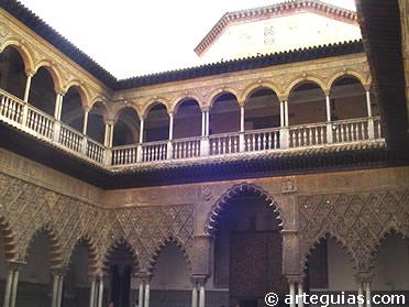Patio de las Doncellas del Alcázar de Sevilla