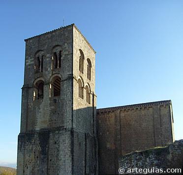 La arquitectura románica es portadora de simbolismo, como el carácter ascensional de sus campanarios