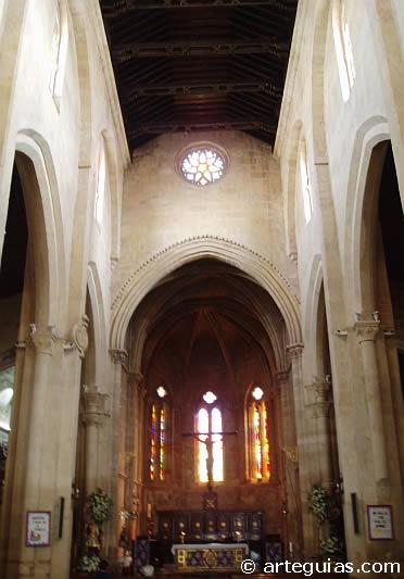 Rom nico en c rdoba iglesias fernandinas arteguias for Interior iglesia romanica