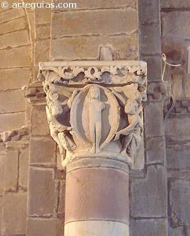 Santa Marta de Tera: capitel de la ascensión del alma