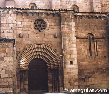 Puerta norte de Santiago del Burgo