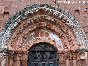 Puerta de la iglesia de Soto de Bureba