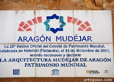 "Rótulo en la iglesia de Encinacorba de ""Aragón Mudéjar"" Patrimonio de la Humanidad"