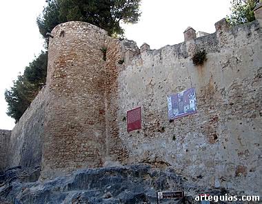 Muros medievales del castillo
