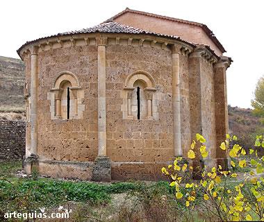 Ermita de San Vicente de Fuentesoto desde el noreste