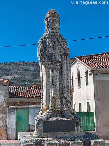 Monumento a Fernán Ginzález en Barbadillo del Mercado, Burgos