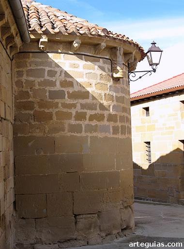 Ábside de la iglesia de Fonzaleche