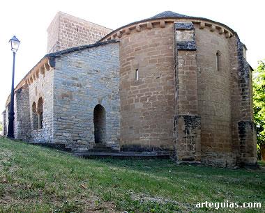 Iglesia románica de Larraya