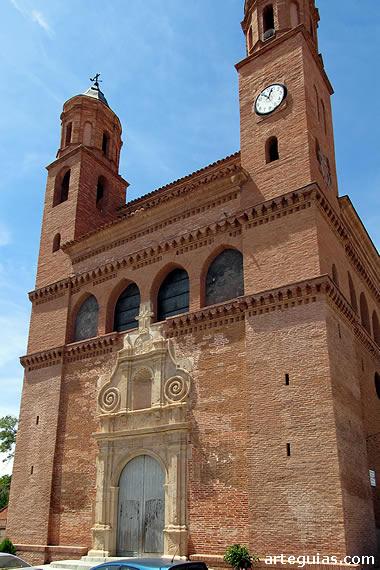 Mudéjar en el Campo de Belchite: iglesia de Azuara