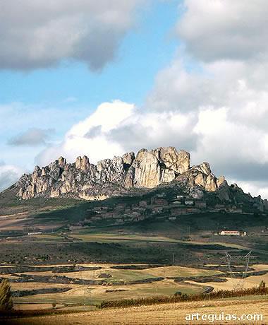 Paisaje de la comarca de Los Obarenes