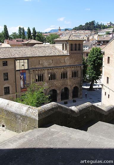 Palacio de los Reyes de Navarra desde San Pedro de la Rua de Estella