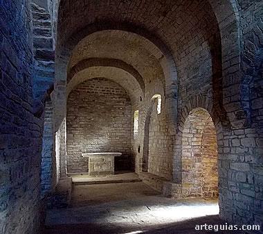 Interior de la iglesia de San Bartolomé