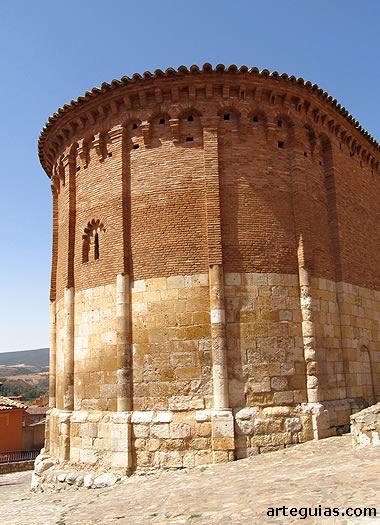 Ábside de San Juan de Daroca, con la transición del románico al mudéjar